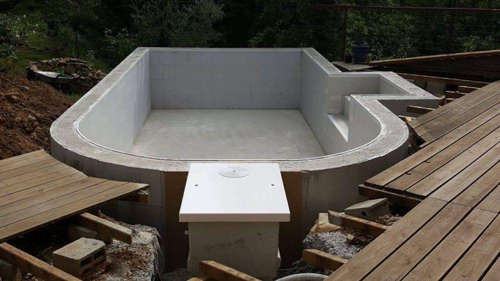 Multim dia filtrinov for Construction piscine beton